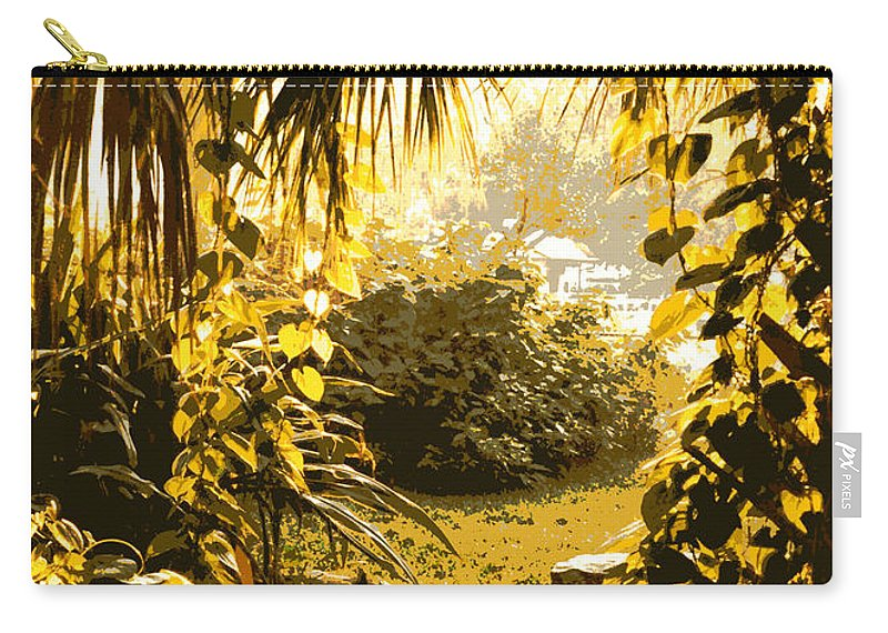 Sunlight Carry-all Pouch featuring the photograph Florida Dream by Carol Groenen