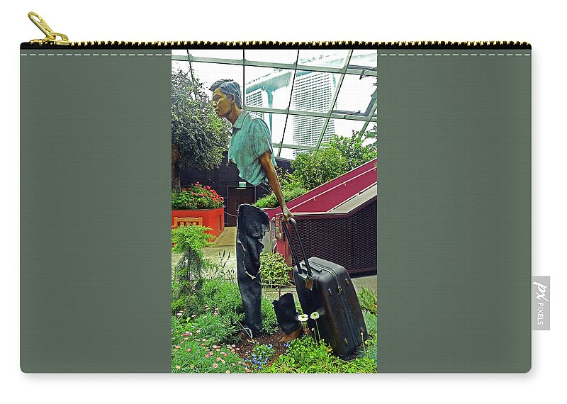 The Dooms Carry-all Pouch featuring the photograph Flower Dome 30 by Ron Kandt