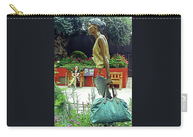 The Dooms Carry-all Pouch featuring the photograph Flower Dome 31 by Ron Kandt