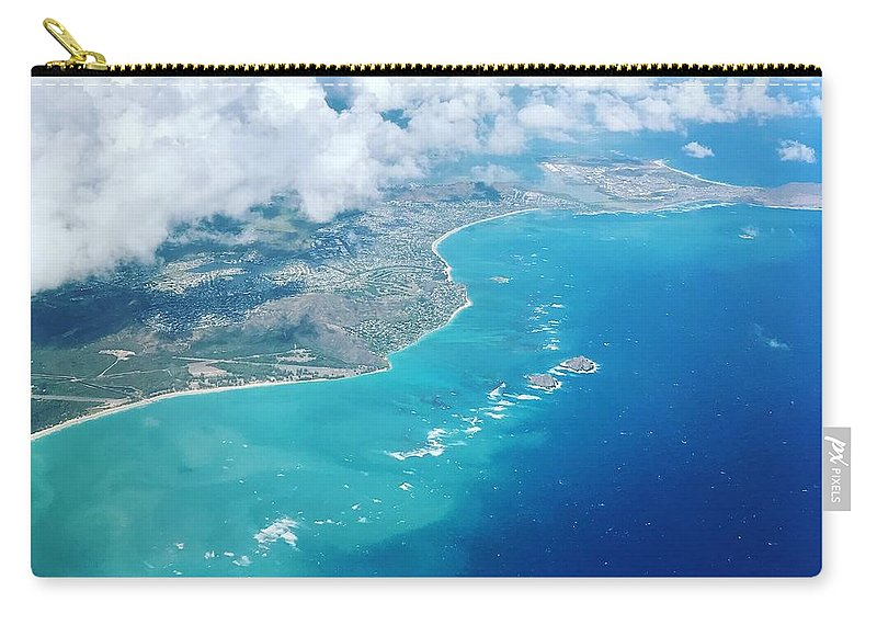 Hawaii Carry-all Pouch featuring the photograph Flying To Paradise by Amanda Dresen