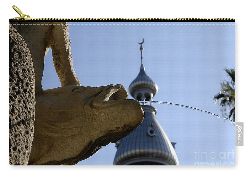 University Of Tampa Carry-all Pouch featuring the photograph Fountain At Ut by David Lee Thompson