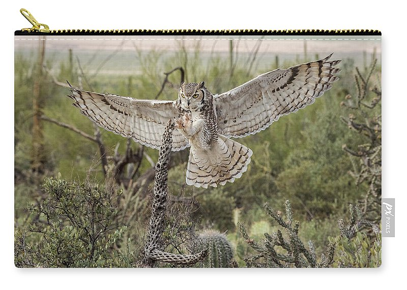 Great Horned Owl Carry-all Pouch featuring the photograph Free Flight by Evelyn Harrison