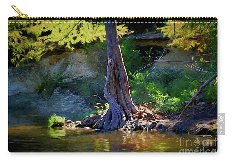 Gentle Giant 122317-1 Carry-all Pouch featuring the photograph Gentle Giant 122317-1 by Ray Shrewsberry
