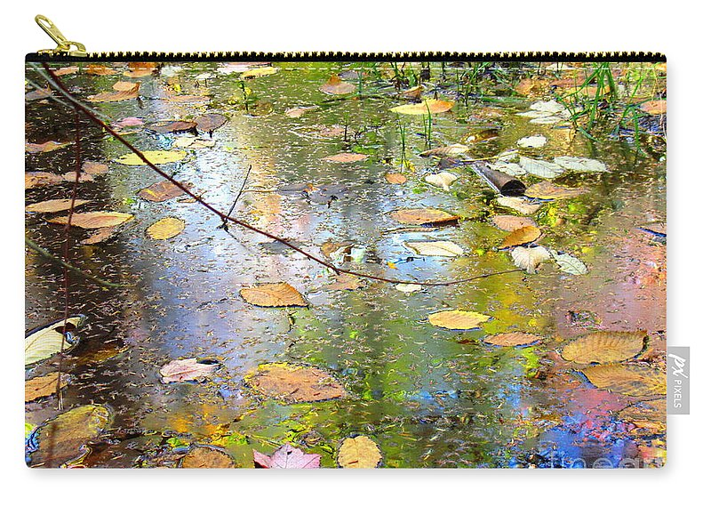 Water Carry-all Pouch featuring the photograph Gentle Nature by Sybil Staples