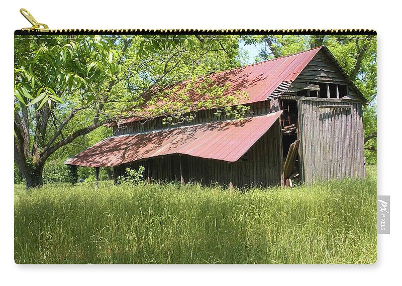Barn Carry-all Pouch featuring the photograph Georgia Barn by Nelson Strong