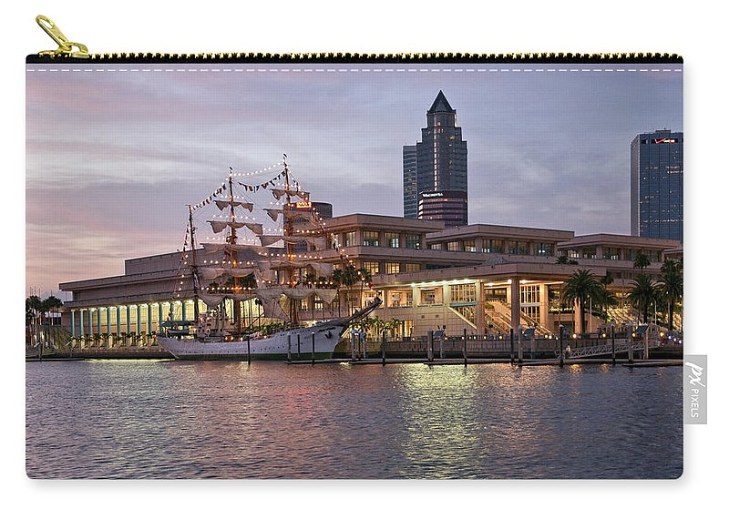 Arc Gloria Carry-all Pouch featuring the photograph Gloria Visiting Tampa by Steven Sparks