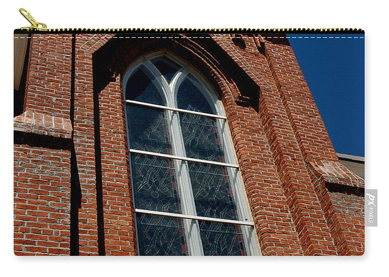 Usa Carry-all Pouch featuring the photograph Gods Window St. Mary's In The Mountains Catholic Church by LeeAnn McLaneGoetz McLaneGoetzStudioLLCcom