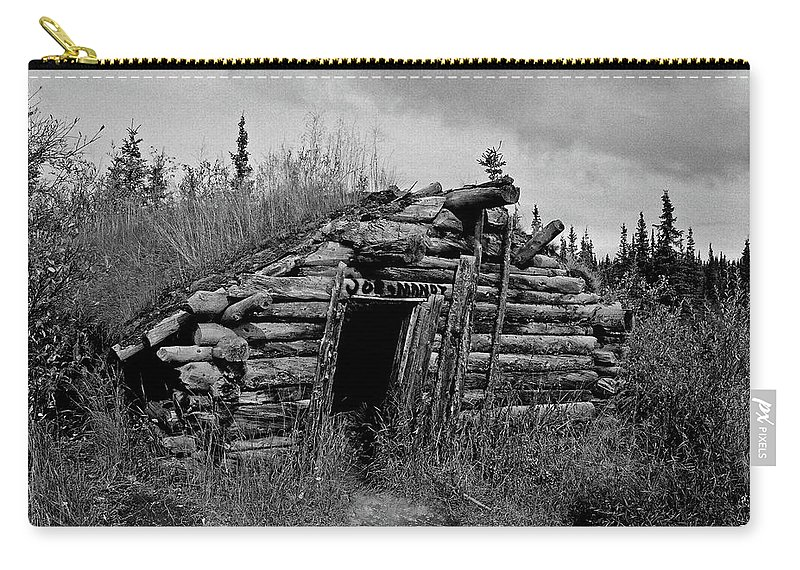 Gold Carry-all Pouch featuring the photograph Gold Rush Cabin - Yukon by Juergen Weiss