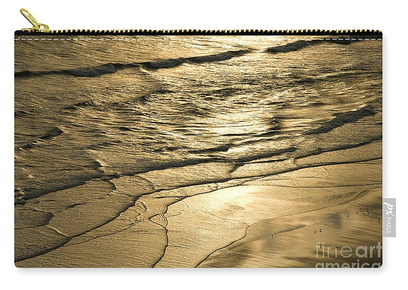 Ocean Carry-all Pouch featuring the photograph Golden Waves by Cindy Tiefenbrunn