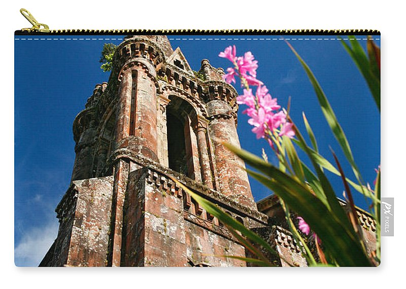 Architecture Carry-all Pouch featuring the photograph Gothic Chapel by Gaspar Avila