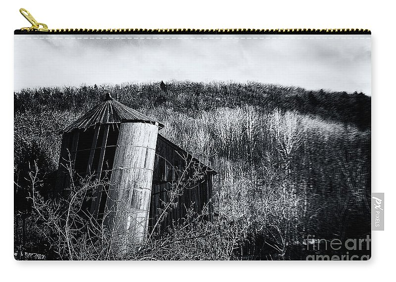 Silo Carry-all Pouch featuring the photograph Gracefully by Grant Dupill