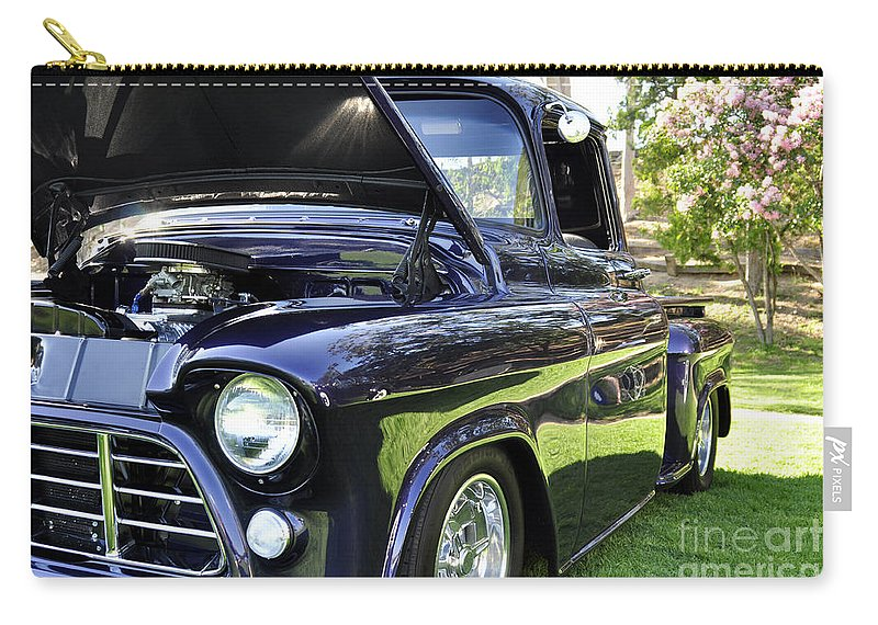 Clay Carry-all Pouch featuring the photograph Grape Fully Blown Pickup by Clayton Bruster
