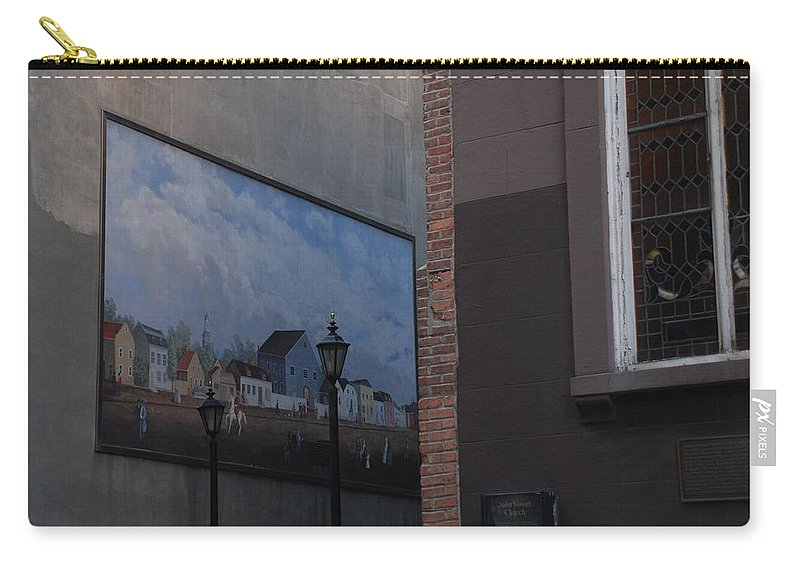 Street Scene Carry-all Pouch featuring the photograph Hanging Art In N Y C by Rob Hans