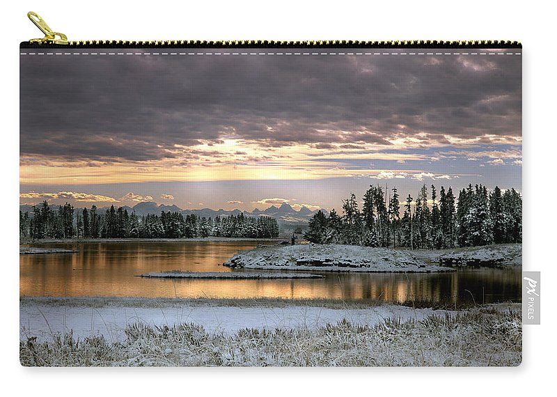 Idaho Carry-all Pouch featuring the photograph Harriman Winter by Leland D Howard