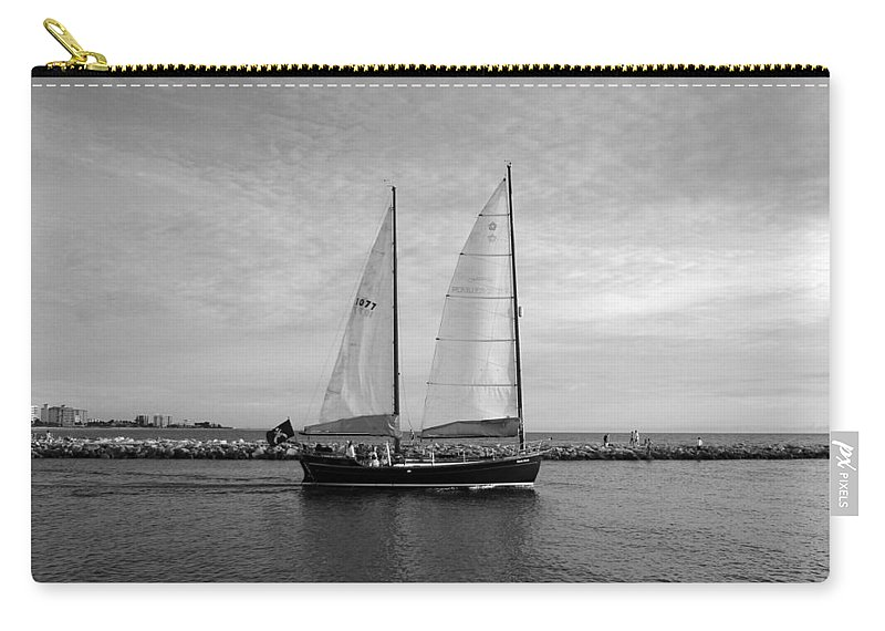 Photo For Sale Carry-all Pouch featuring the photograph Headed Out To Sea by Robert Wilder Jr