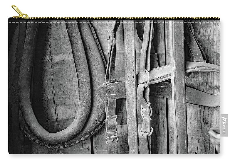 Harness Carry-all Pouch featuring the photograph Heartland by Martina Schneeberg-Chrisien