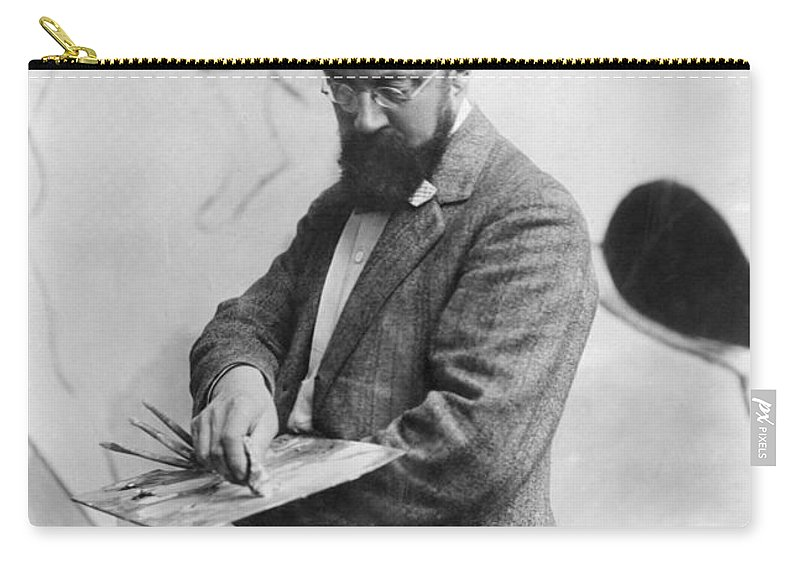 19th Century Carry-all Pouch featuring the photograph Henri Matisse (1869-1954) by Granger