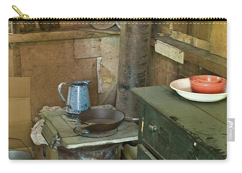Nostalgia Carry-all Pouch featuring the photograph Hermits Cabin by Douglas Barnett