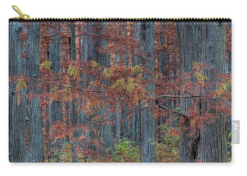 Illinois Carry-all Pouch featuring the photograph Heron Pond Twilight by Steve Gadomski