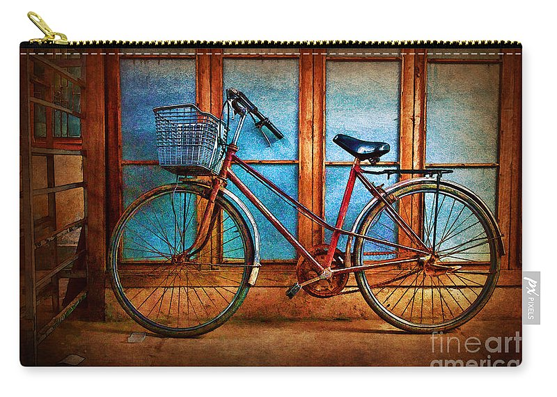 Hoi An Carry-all Pouch featuring the photograph Hoi An Bike by Stuart Row
