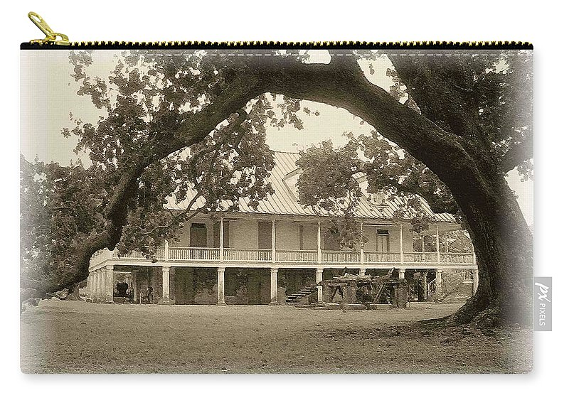 Plantation Carry-all Pouch featuring the photograph Home Place Impressions by Nelson Strong