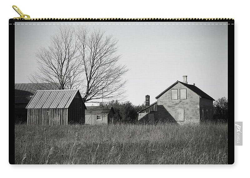 Deserted Carry-all Pouch featuring the photograph Homestead by Tim Nyberg