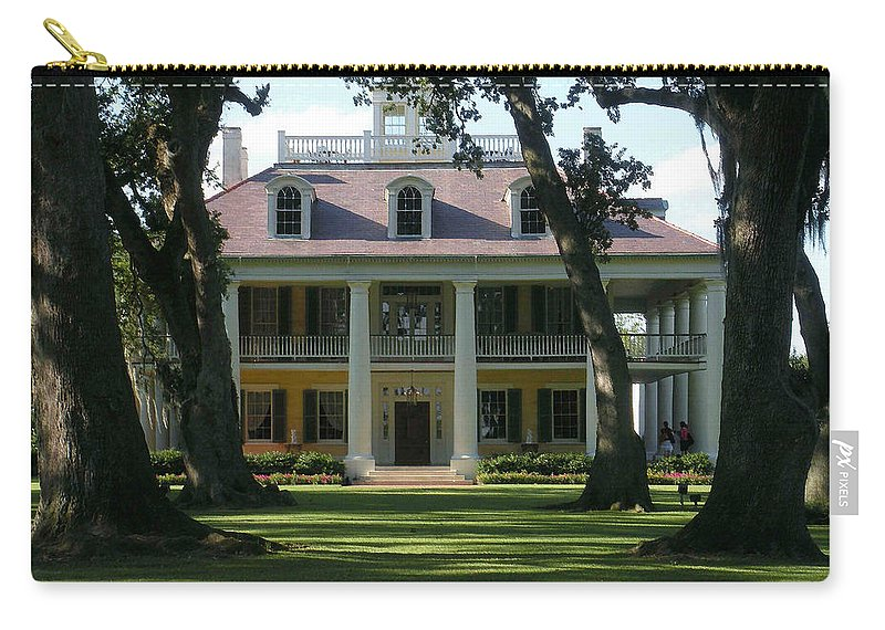 Houmas Carry-all Pouch featuring the photograph Houmas House Plantation by Nelson Strong