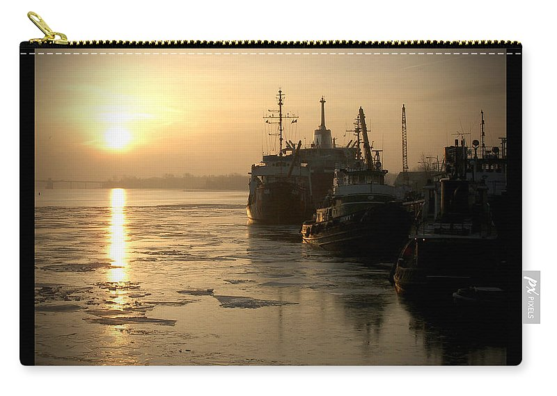 Boat Carry-all Pouch featuring the photograph Huddled Boats by Tim Nyberg