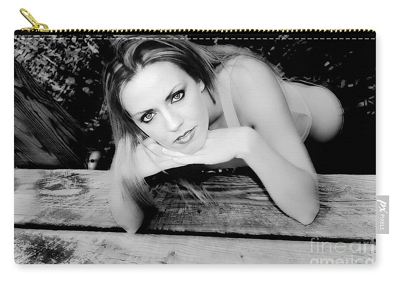 Clay Carry-all Pouch featuring the photograph Hypnotic Eyes by Clayton Bruster