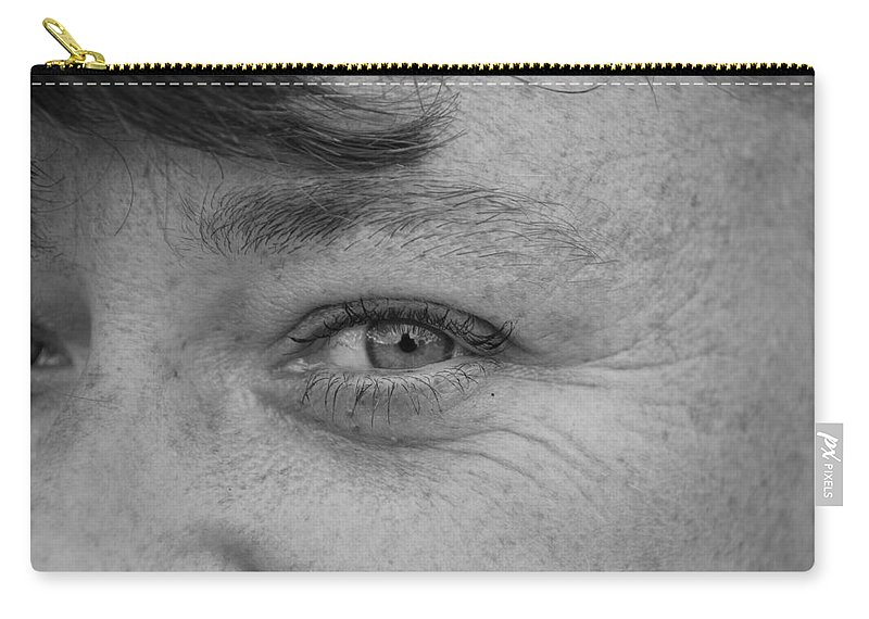 Black And White Carry-all Pouch featuring the photograph I See You by Rob Hans