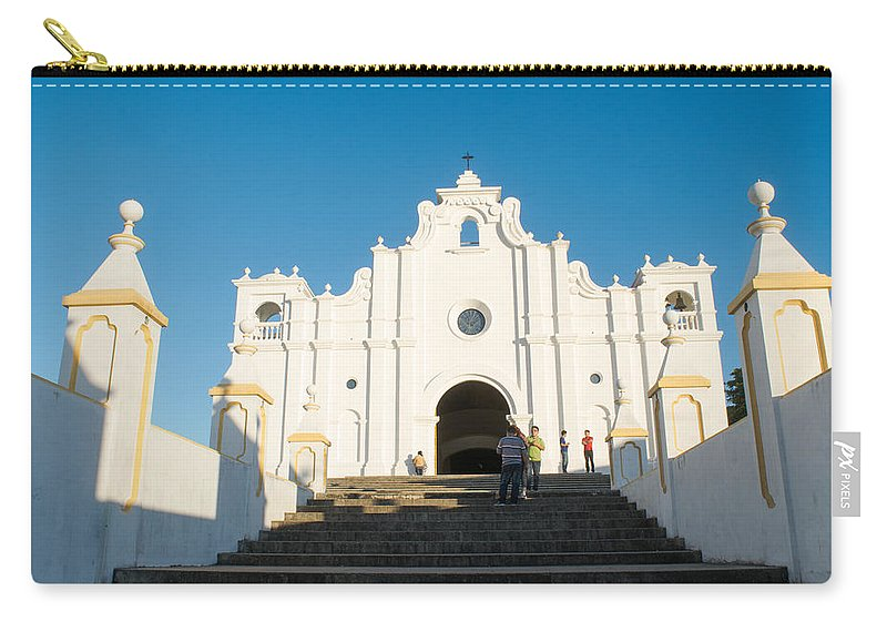 Iglesia San Andres Apostol Carry-all Pouch featuring the photograph Iglesia San Andres Apostol - Apaneca by Totto Ponce
