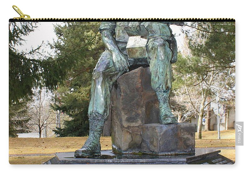 Vietnam Memorial Carry-all Pouch featuring the photograph Inland Northwest Vietnam Veterans Memorial by Carol Groenen
