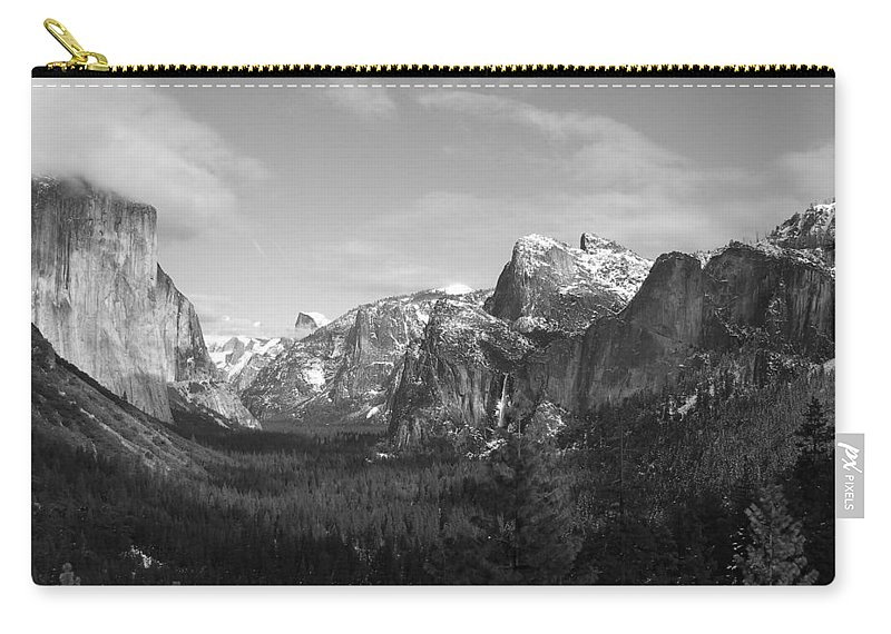 Yosemite Carry-all Pouch featuring the photograph Inspiration Point by Travis Day