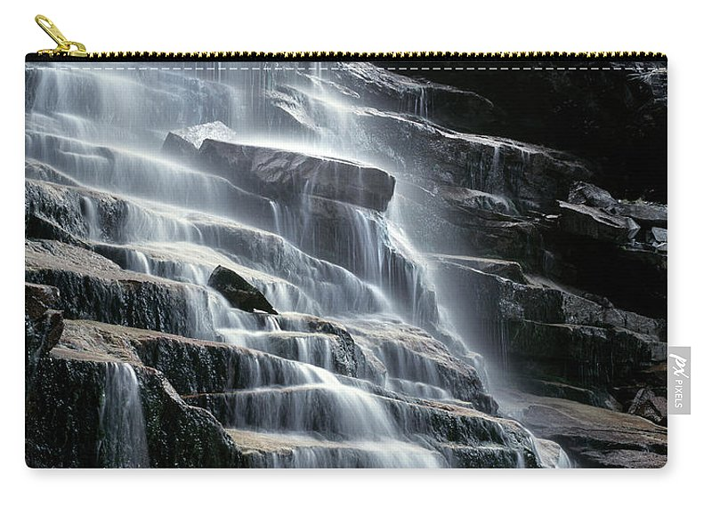 Pioneer Carry-all Pouch featuring the photograph Kane Falls by Leland D Howard