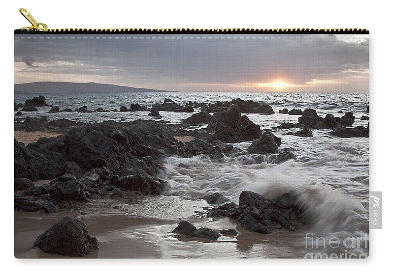 Aloha Carry-all Pouch featuring the photograph Keawakapu Kahaulani Dew Of Heaven Maui Hawaii by Sharon Mau