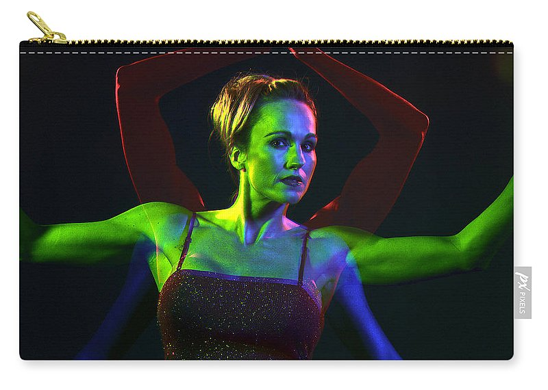 Model Carry-all Pouch featuring the photograph Kelliergb-11 by Gary Gingrich Galleries