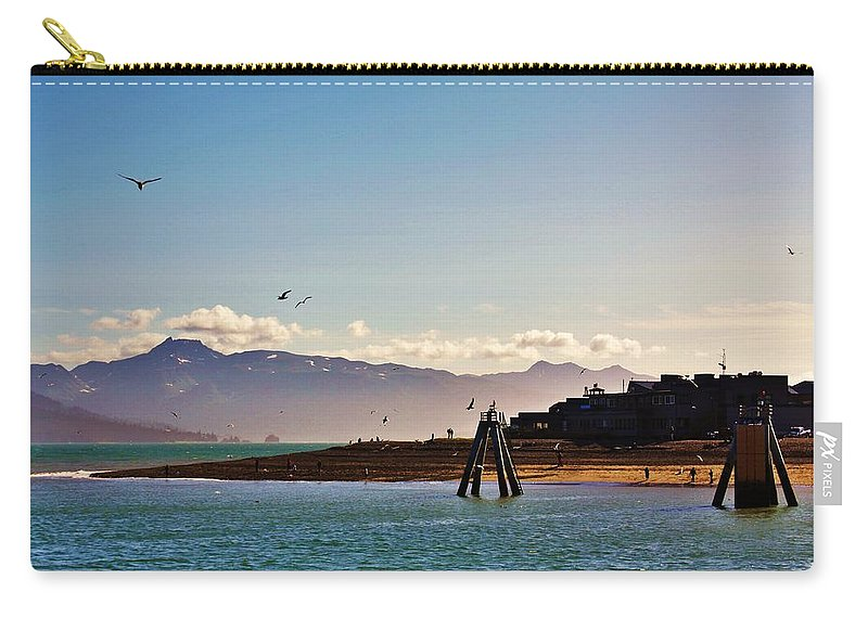 Homer Alaska Carry-all Pouch featuring the photograph Lands End by Lori Mahaffey