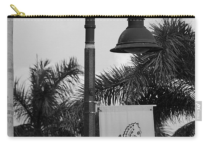 Black And White Carry-all Pouch featuring the photograph Lantana Lamp Post by Rob Hans