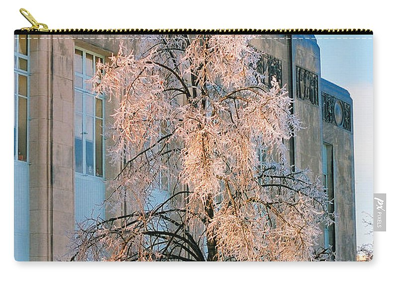 Architecture Carry-all Pouch featuring the photograph Liberty Court House by Steve Karol