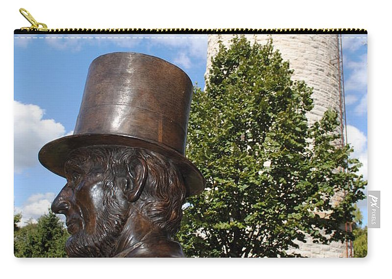 Lincoln Carry-all Pouch featuring the photograph Lincoln At The Tower by Jost Houk