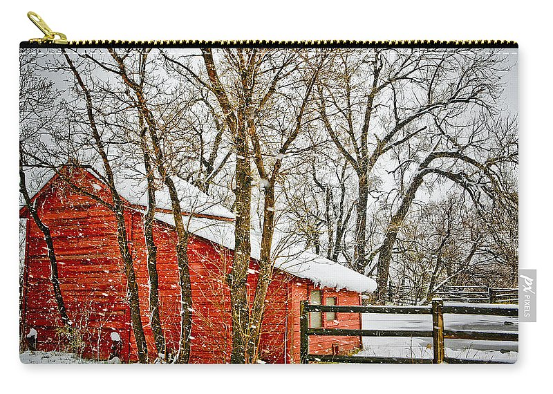 Americana Carry-all Pouch featuring the photograph Loafing Shed by Marilyn Hunt