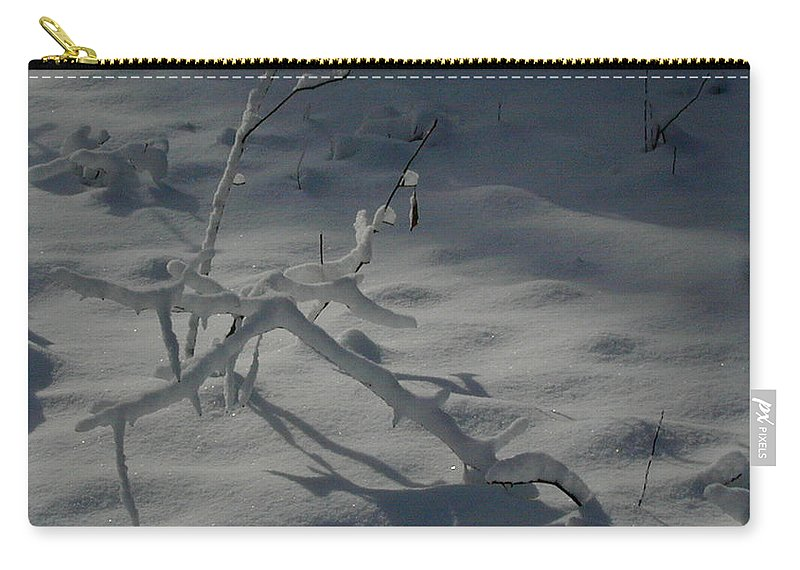 Loneliness Carry-all Pouch featuring the photograph Loneliness In The Cold by Douglas Barnett