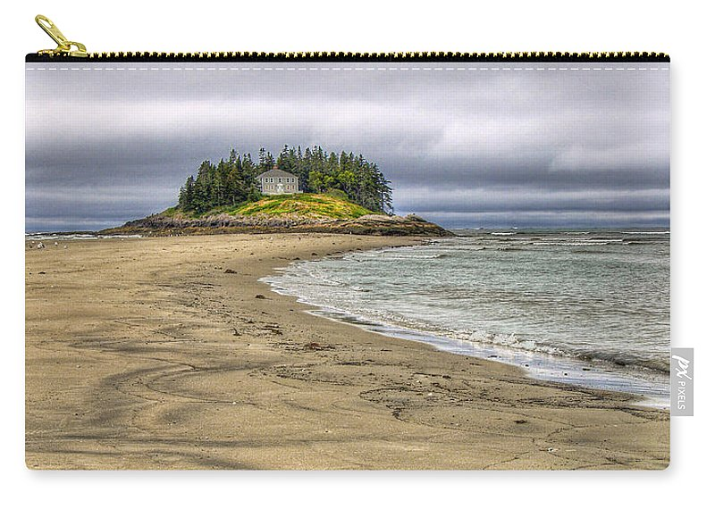 Hdr Carry-all Pouch featuring the photograph Low Tide In Popham Beach Maine by Tammy Wetzel