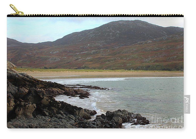 Shoreline Carry-all Pouch featuring the photograph Mamore Gap Shore by Eddie Barron