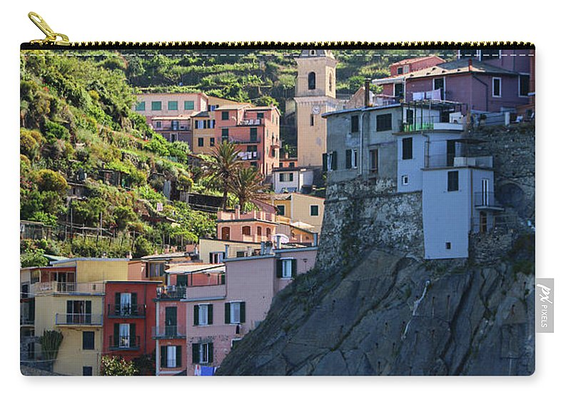 Cinque Terre Carry-all Pouch featuring the photograph Manarola 0565 by Jack Schultz