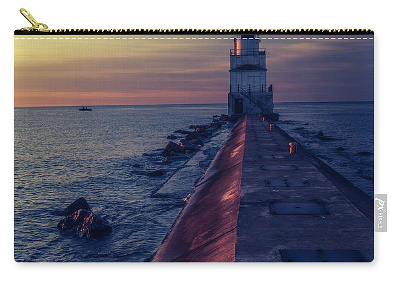 Lighthouse Carry-all Pouch featuring the photograph Manitowoc Sunrise by Drake Rekowski
