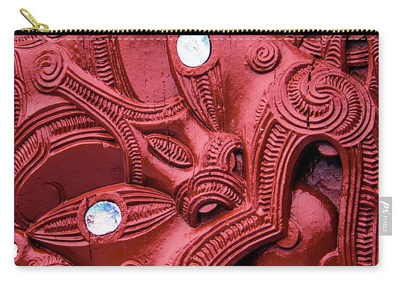Maori Carry-all Pouch featuring the photograph Maori Tilted Head by Roberta Bragan