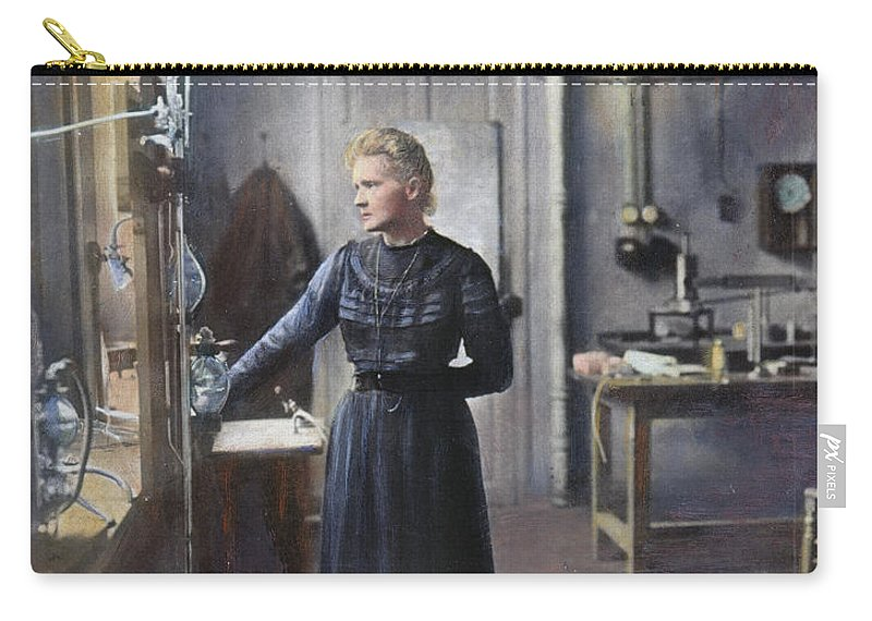 1908 Carry-all Pouch featuring the photograph Marie Curie (1867-1934) by Granger