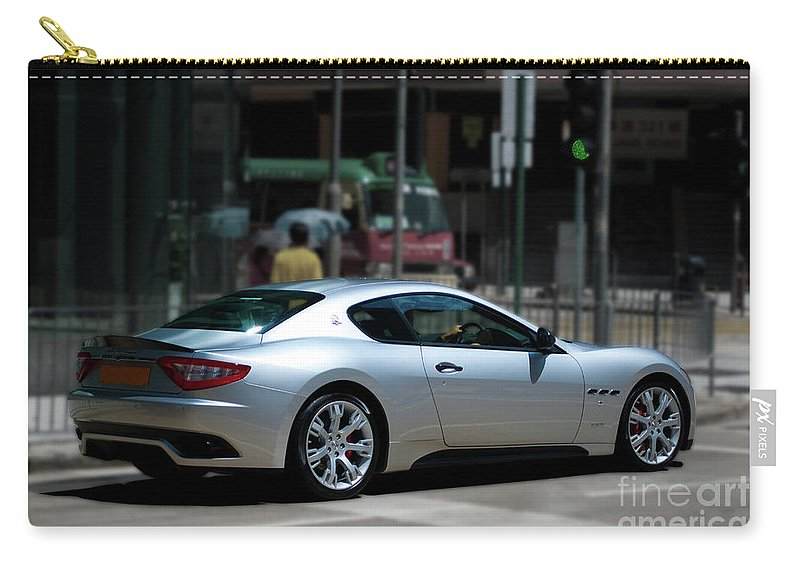 Maserati Carry-all Pouch featuring the photograph Maserati Granturismo S by Stuart Row