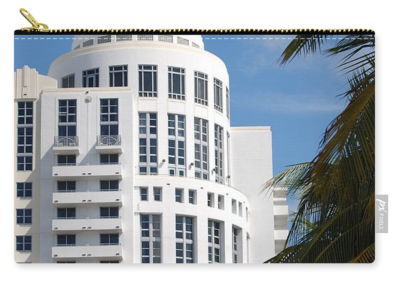 Architecture Carry-all Pouch featuring the photograph Miami S Capitol Building by Rob Hans
